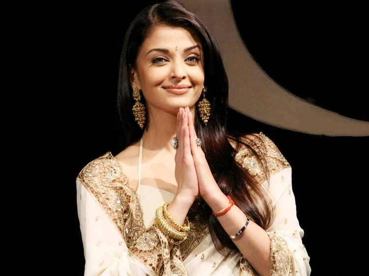 Aishwarya Rai's Net Worth & Sources of Income in 2020 ...