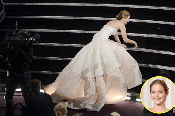 Jennifer-Lawrence-Oops-moments-of-Hollywood-actress