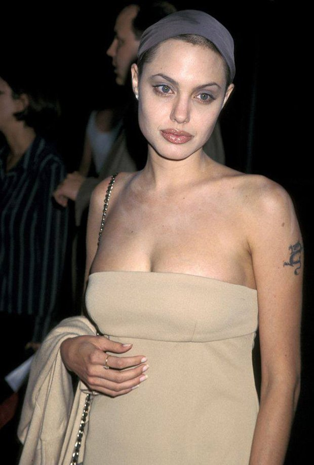 The Images Of Angelina Jolie At The Peak Of Her Beauty - StarBiz.com